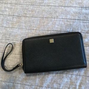 NWOT Nanette Lepore black leather wristlet